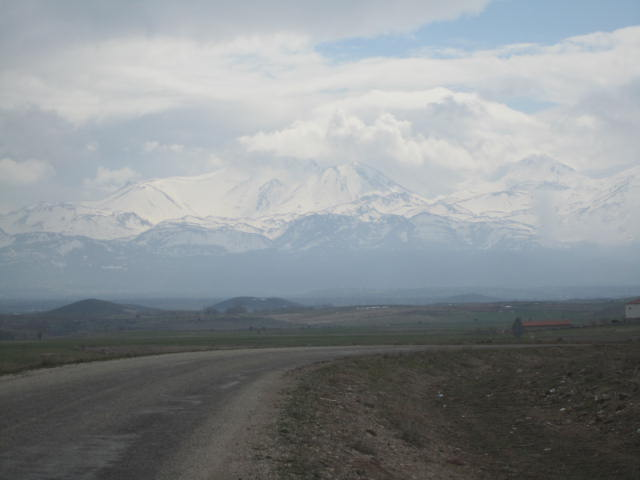 On the way to Monastery Valley