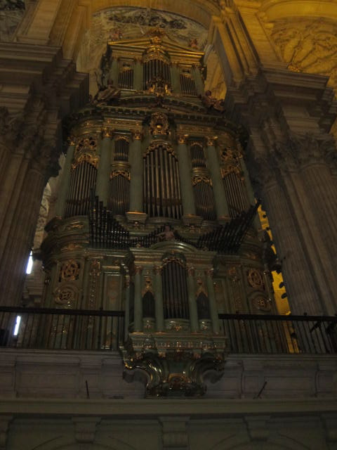 Giant organ in the Catedral
