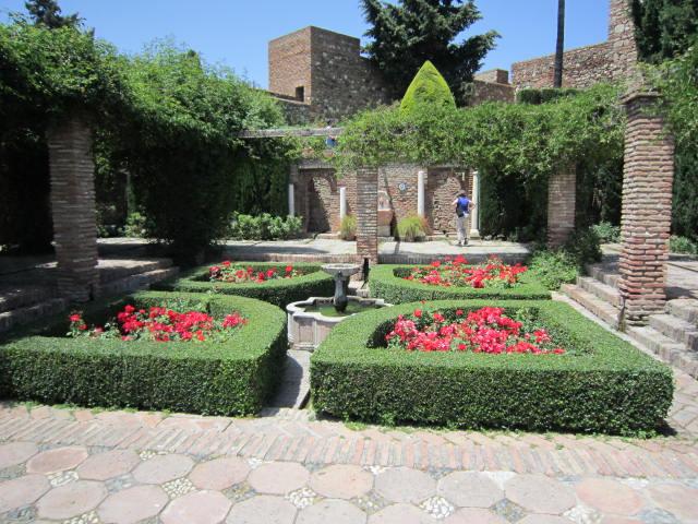 Garden inside of Alcazaba