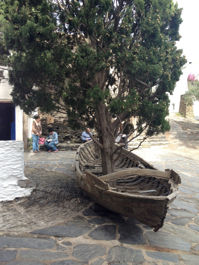Boat constructed around a tree